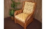 Křesla, pohovky a židle